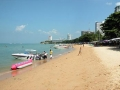    (Pattaya Beach)