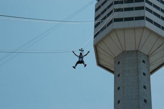 Экстремальный спуск с pattaya park tower
