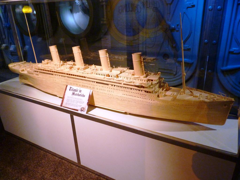 Титаник из спичек в Музее Рипли в Паттайе