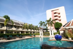 Lantana Pattaya Hotel & Resort 3 (Лантана Паттайя Резорт 3)